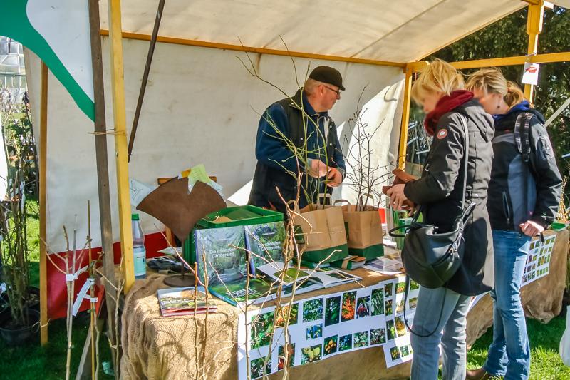 Bioland Baumschule Aloys Pöhler auf dem Berliner Staudenmarkt